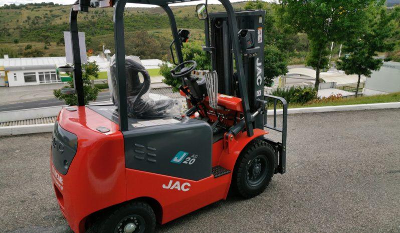 JAC EMP ELÉTRICO CPD 2.0 SERIE J | TRIPLEX 4.5 METROS | 2000 KG completo