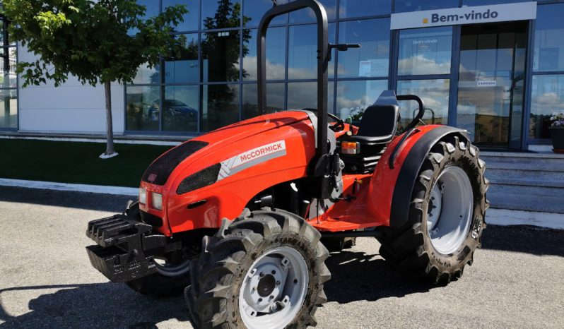 TRATOR McCORMICK GM 50 completo